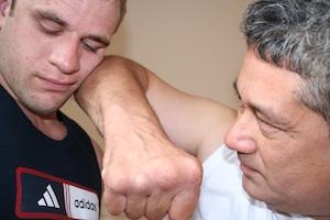 Dennis-elbow